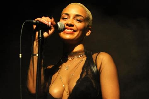 Best Books On Design by Jorja Smith Tour Review Rising Star A Mesmerising