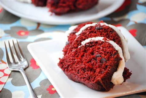 red velvet chocolate chip bundt cake macaroni and cheesecake