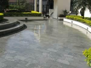 pavimenti in resina per esterni costi i rivestimenti in resina pavimenti resina