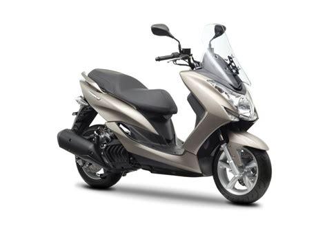 Motorrad Und Roller Studio Springe by Yamaha Majesty S 125 2014 16 Prezzo E Scheda Tecnica