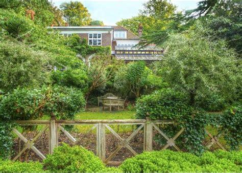 Robin Garden Grove by 6 Bedroom House For Sale In Robin Grove Highgate