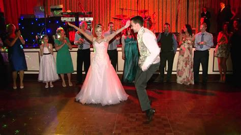Wedding Songs Uk by The Top 10 Wedding Songs In The Uk And Five