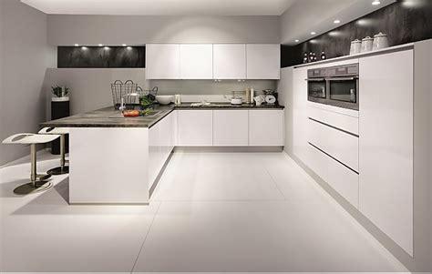 Modern Kitchen Island Design Nobilia Musterk 252 Che Angebotsk 252 Che Von Nobilia Modell