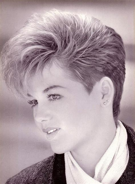 1980s women hairstyles wedge style 162 best pixies and crops images on pinterest short