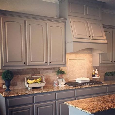 paint color sw  dovetail  sherwin williams