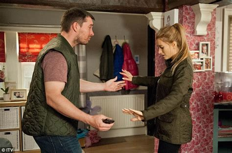 emmerdale spoilers pete confesses to a terrified debbie spoilert alert debbie dingle is left horrified in