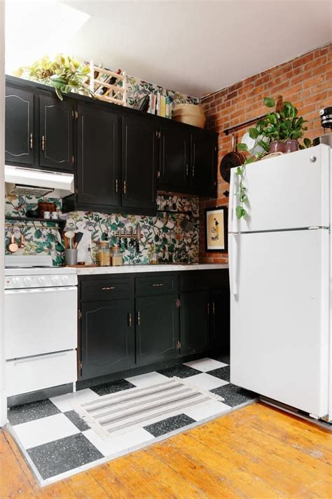 rental kitchen ideas best 25 rental kitchen makeover ideas on pinterest