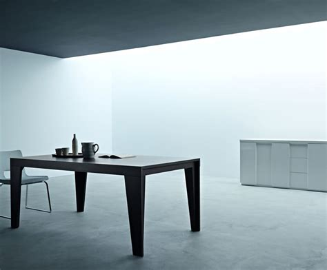 simpel and contemporary dining room sets from italian