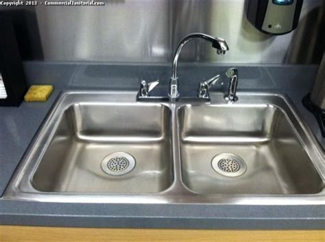 office pantry sink cleaning image