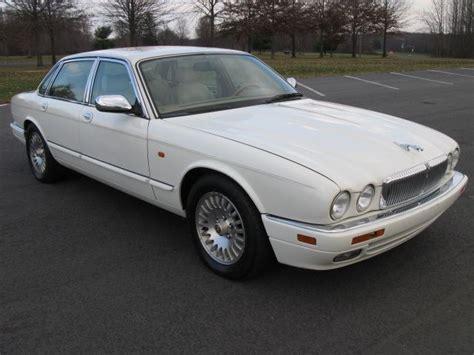 car repair manuals download 1995 jaguar xj series free book repair manuals service manual 1995 jaguar xj series rear seat removal 1995 jaguar xj series xjs stock jo242