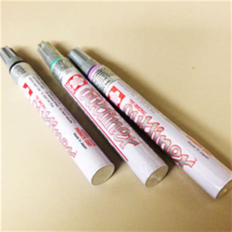 Outliner Pens by Two Great Ways To Use Your Outliner Paint Pens