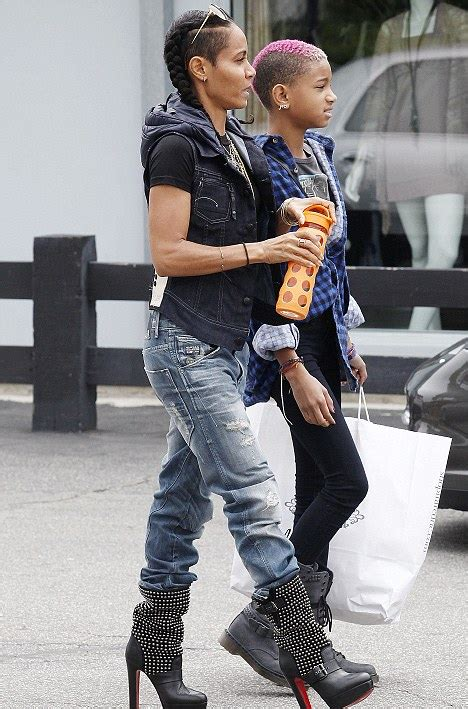 malibu boats bloomberg tomboy willow smith steps out sporting latest extreme