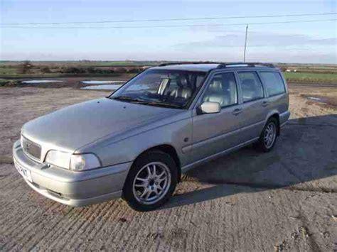 volvo v70 winter tyres volvo v70 classic awd auto silver m o t 4 new winter