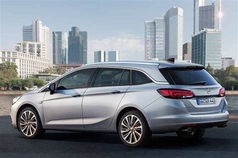 Opel Astra Sport Tourer by Opel Astra Sports Tourer Prix