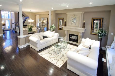 dark flooring contrast nicely   beige pallet