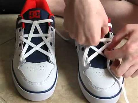 Tali Sepatu Tanpa Repot V Tie Shoelace unik kocak dan lucu