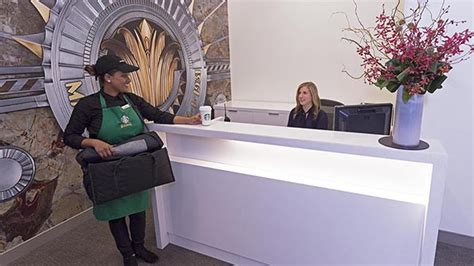 starbucks partner help desk starbucks debuts delivery at empire state building