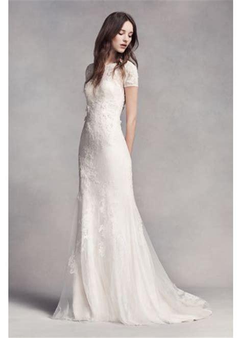 White by Vera **** Short Sleeve Lace Wedding Dress   Davids Bridal