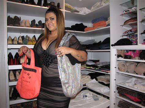 Angelicas Closet by Preta Gil Faz A Limpa No Closet Para Seu Bazar E Manda