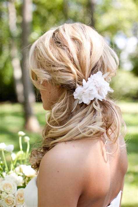 how to do the country chic hairstyle from covet fashion ehow southern rustic charm wedding rustic wedding chic