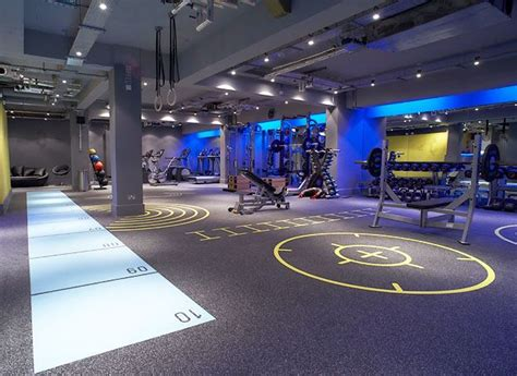 sixnine practice  dynamic flooring gym decor