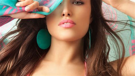 beautiful model beautiful model with green scarf and earrings 4k ultra hd