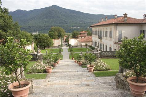 villa della porta bozzolo file garden of villa della porta bozzolo 1 jpg