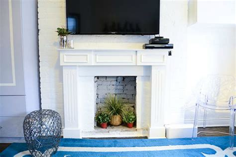 14 creative ideas for decorating a non working fireplace
