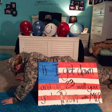 Getmearmy Dms 39 best images about proposals on football creative and wedding proposals