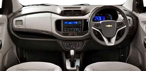 Accu Mobil Chevrolet Spin chevrolet spin interior