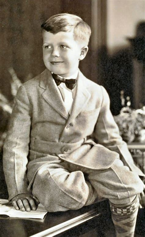 is this the old buster brown hair cut hair pinterest buster brown haircut picture and images
