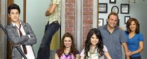 A Place Actors Wizards Of Waverly Place Cast Images The Voice Actors