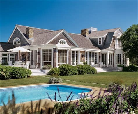 coastal style homes coastal style summer at the htons