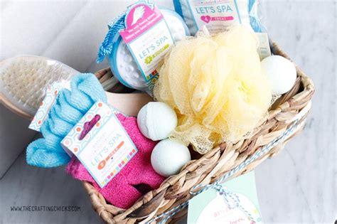 Spa Inspired Bathroom Ideas diy spa gift basket