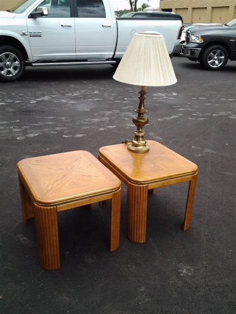 32 inch end table 2 oak end tables 25x22x20 brass l 32 inches