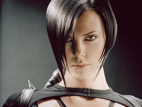 edgy haircuts charlize theron in aeon flux under my thumb the future is bangin