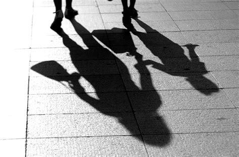 imagenes navideñas sombras la vida entre las sombras en bilbao elcorreo com