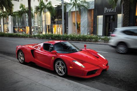 ferrari enzo floyd mayweather s ferrari enzo sells for 3 3 million at