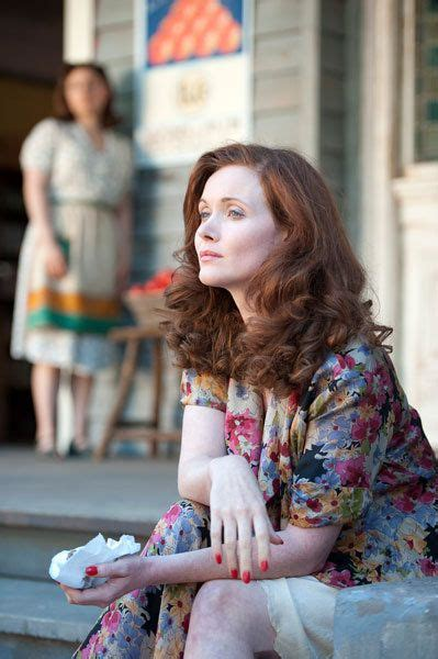 does essie davis wear a wig for miss fisher essie redheads and pictures on pinterest