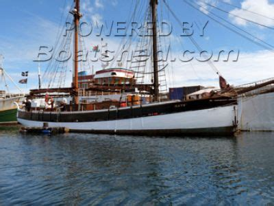 motor boats for sale in europe classic traditional boats for sale used boats and yachts