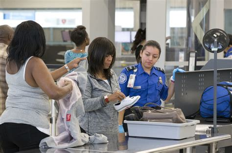Airport Badge Background Check Tsa Increases Screening Of Airport And Airline Employees