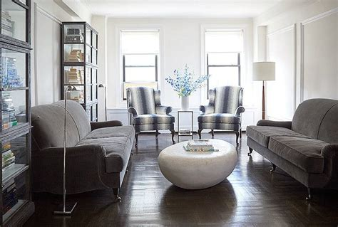 the trick to mixing modern and traditional furniture