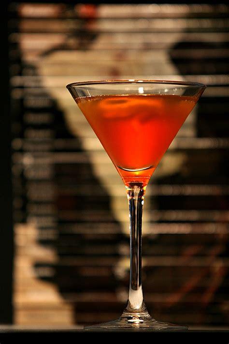 classic manhattan drink classic manhattan cocktail recipe dishmaps