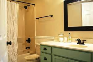 Decorating Ideas For The Bath Bathroom Small Bathroom Decorating Ideas On Tight Budget