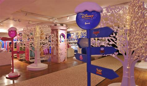 News! Disney Café Opens at Harrods Department Store in London for the Holidays   the disney food