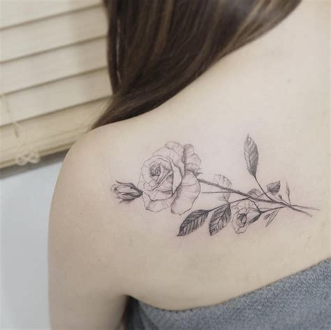 80 beautiful back shoulder tattoo designs tattooblend
