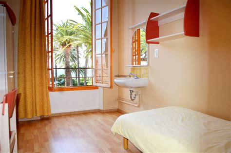 chambre des commerces cannes students lodging on cus host family studios