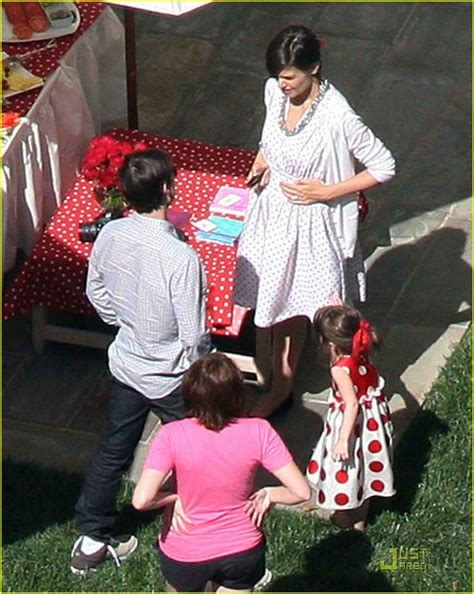 Suris Birthday by Sized Photo Of Suri Cruise Troline Birthday 04