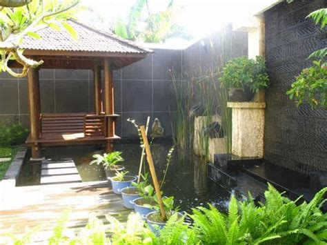desain gazebo minimalis model gazebo minimalis pada taman rumah 02 jpg 600 215 450