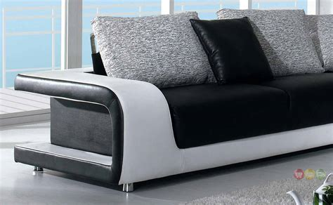 Black And White Leather Sofa Divani Casa Black And White Leather And Fabric Sectional Sofa